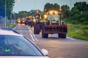 Boerenacties zorgen woensdagochtend voor drukte op provinciale wegen