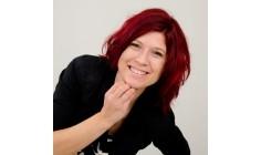 Foto's van Trendy hairstyling Krista