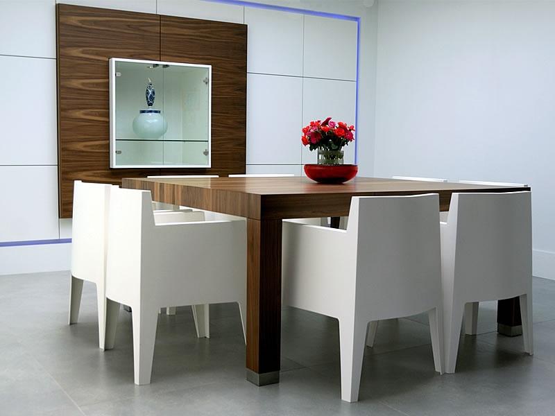 Bent u op zoek naar Engels Keuken en Interieurbouw? Bekijk